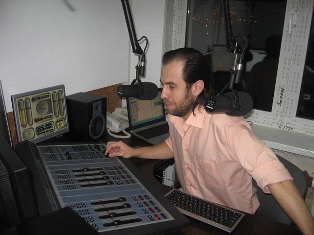 Happy Radio | Первая Танцевальная 3G Радиостанция